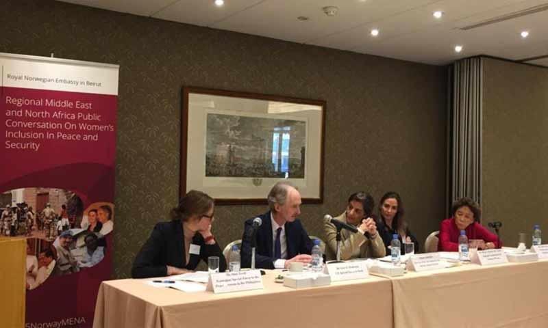 لقاء المبعوث الأممي غير بيدرسون مع نساء سوريات في لبنان- 22 آذار 2019 (حساب البعثة الدولية إلى سوريا في تويتر)