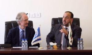 """من اجتماع المبعوث الأممي الخاص إلى سوريا، غير بيدرسون مع نصر الحريري رئيس """"هيئة التفاوض السورية) (نصر الحريري تويتر)"""