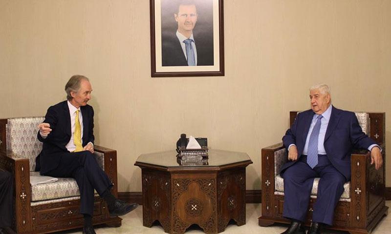 المبعوث الاممي إلى سوريا غير بيدرسون خلال لقاءه وزير الخارجية السوري وليد المعلم في العاصمة دمشق 14 نيسان 2019 (وزارة الخارجية السورية)