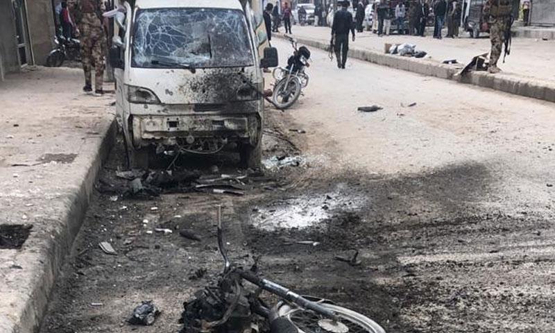 درجاجة نارية انفجرت في شارع الصناعة وسط مدينة منبج شمالي حلب 22 نيسان 2019 (وكالة هاوار)