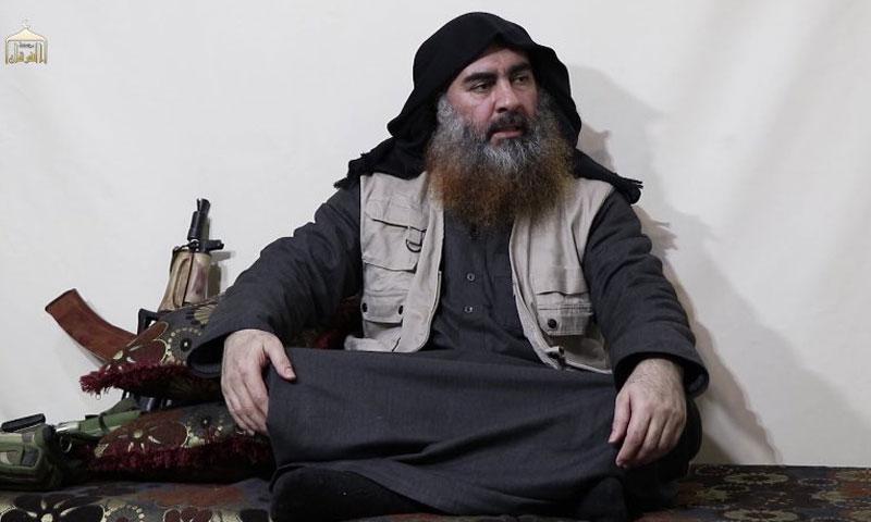 زعيم تنظيم الدولة الإسلامية أبو بكر البغدادي (مؤسسة الفرقان)