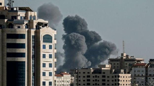 قصف على قطاع غزة (ِAFP)