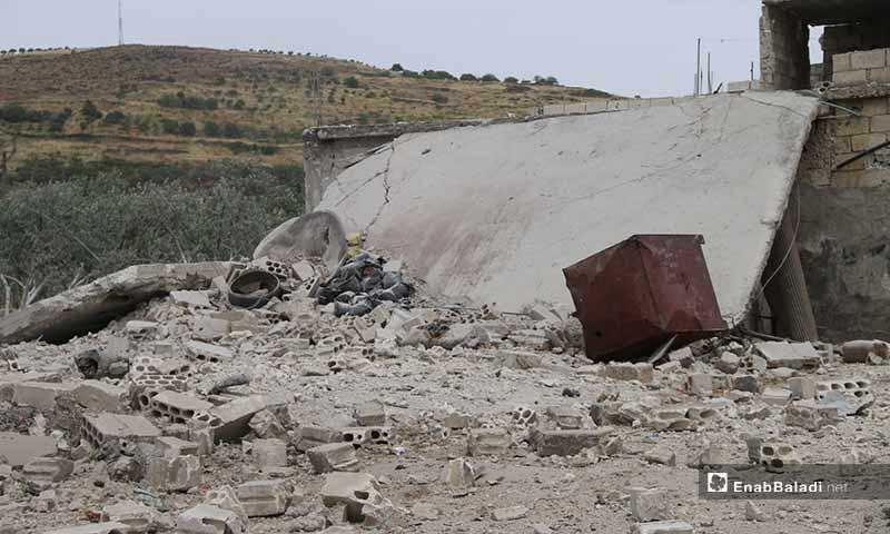 دمار في كفر عويد نتيجة استهدافها بغارات جوية في ريف إدلب - 31 من أيار 2019 (عنب بلدي)