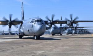 """طائرة """"C-130H"""" من إنتاج شركة لوكهيد الأمريكية (AF MIL)"""
