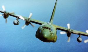 """طائرة """"C-130H"""" من إنتاج شركة لوكهيد الأمريكية (لوكهيد مارتن)"""