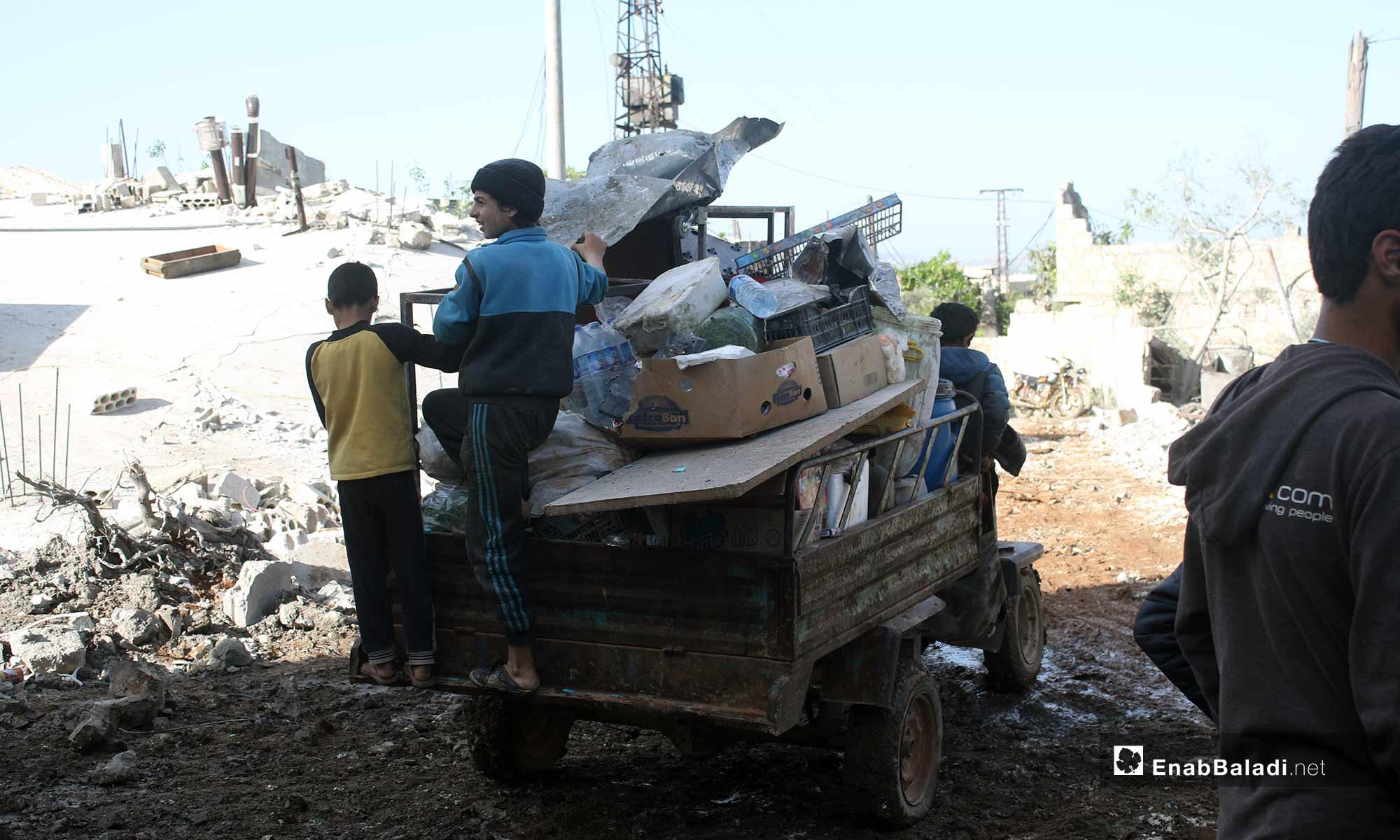 أثار الدمار بسبب القصف على قرية أبديتا في ريف إدلب - 3 من آيار 2019 (عنب بلدي)