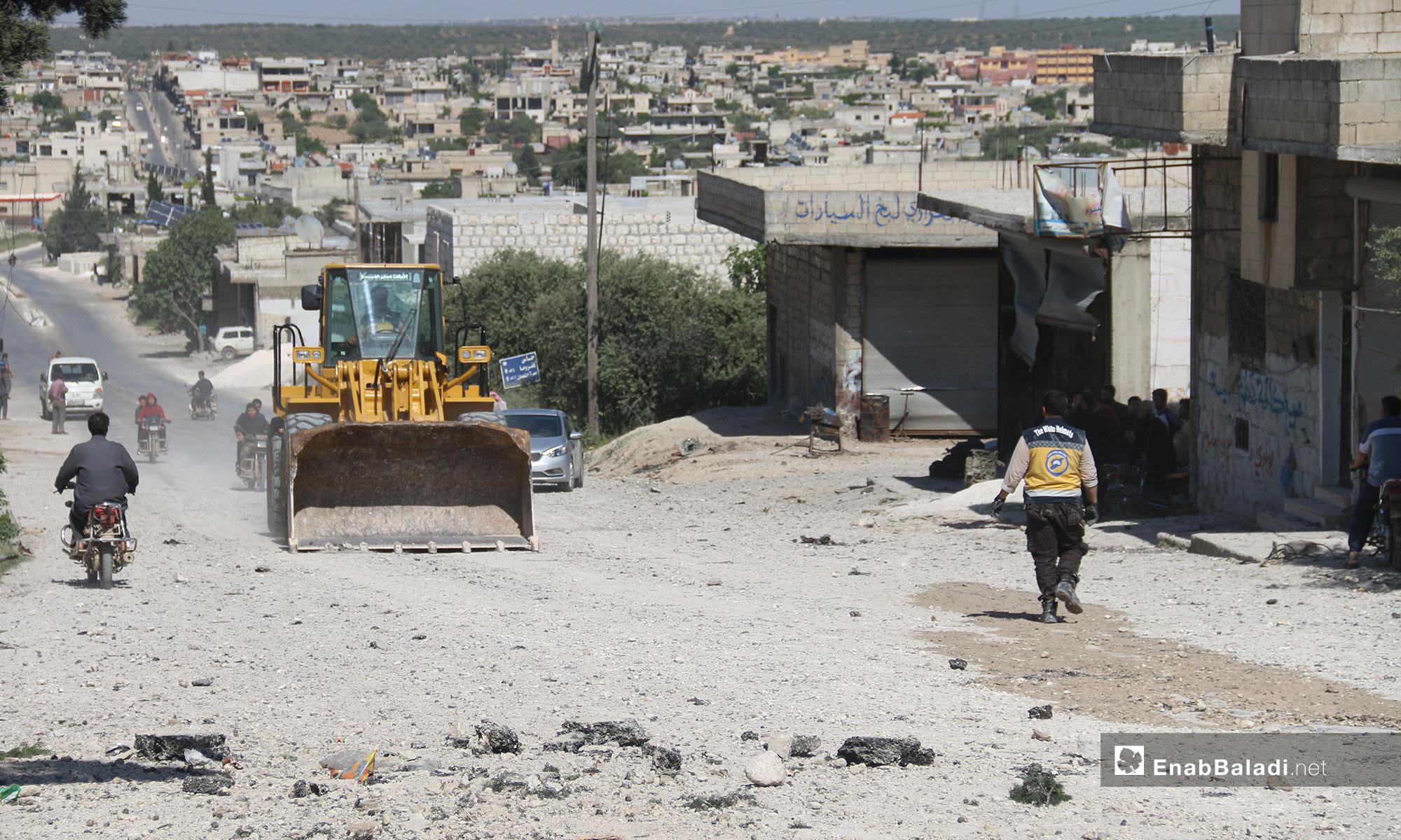 آثار الدمار في مركز الدفاع المدني بمدينة كفرنبل - 13 من أيار 2019 (عنب بلدي)