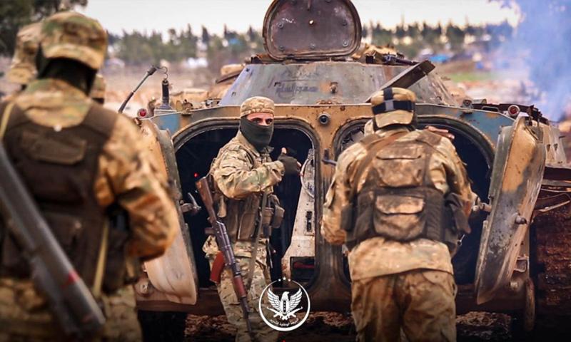 عناصر من الجبهة الوطنية للتحرير في معسكر تدريبي بريف إدلب - 2018 (الجبهة الوطنية للتحرير)