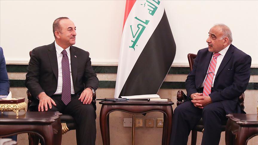 رئيس وزراء العراق عادل عبد المهدي ووزير الخارجية التركي، مولود جاويش أوغلو - (الأناضول)
