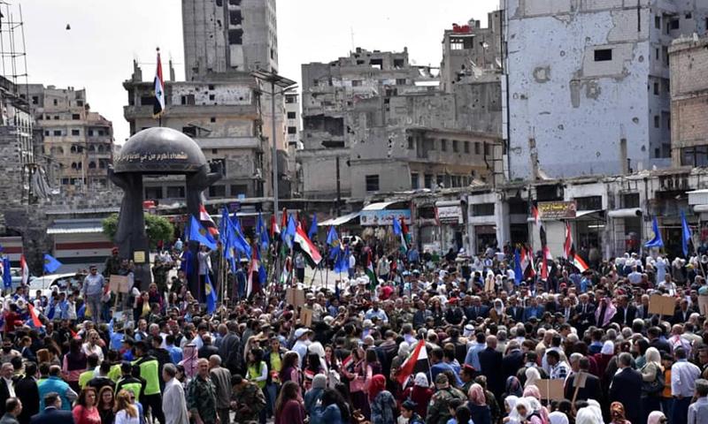 نصب تذكاري لقتلى قوات الأسد وسط مدينة حمص - 9 من أيار 2019 (المكتب الصحفي في حمص)