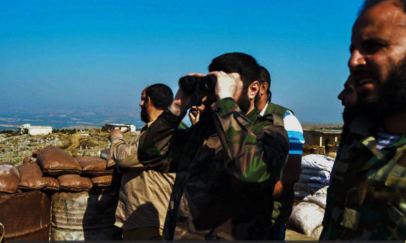 """قائد فصيل """"جيش الإسلام"""" عصام بويضاني يتفقد خطوط التماس مع """"الوحدات"""" الكردية (جيش الإسلام تلغرام)"""