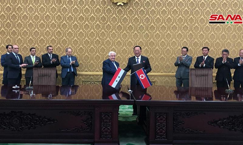 وزير الخارجية وليد المعلم مع نظيره الكوري الشمالي ري يونغ هو (سانا)