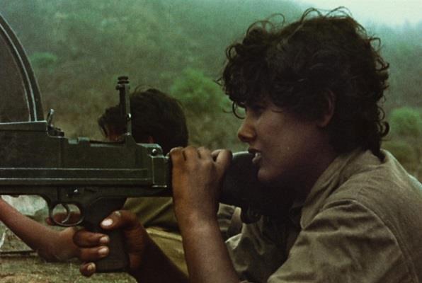 مقاتل على الجبهة في ثورة ظفار (من فيلم ساعة التحرير دقت)
