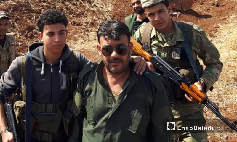 طلال شاهين الملفب بالمرصد عشرين في منطقة الجنابرة بريف حماة - (عنب بلدي)