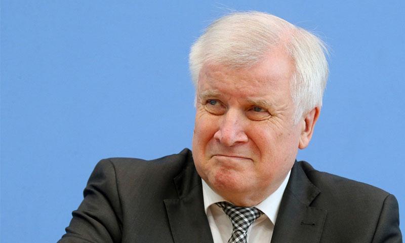 وزير الداخلية الألماني هورست زيهوفر - أيار 2019 (faz)