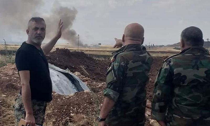 ضباط من قوات النظام السوري خلا المعارك الدائرة بريف إدلب - 9 آب 2019 (الإعلامي الحربي مازن إبراهيم)