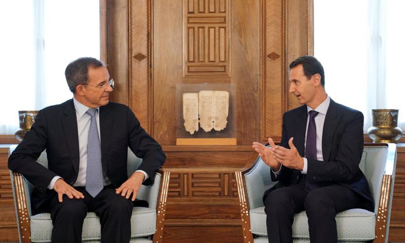 بشار الأسد يلتقي بوفد فرنسي في قصر الرئاسة- 29 من آب 2019 (رئاسة الجمهورية)