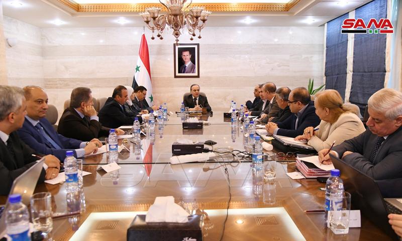 اجتماع اللجنة الاقتصادية في مجلس رئاسة الوزراء بحكومة النظام السوري (سانا)