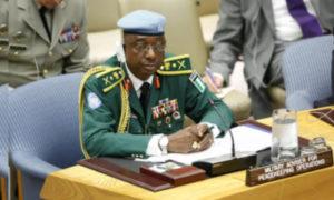 الجنرال النيجيري شيكاديبيا أوبياكور (UN)