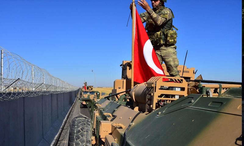 أول دورية للقوات التركية مع القوات الأمريكية في مناطق شرق الفرات شمال شرقي سوريا- 8 من أيلول 2019 (وزارة الدفاع التركية)