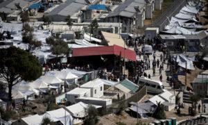 مخيم موريا في جزيرة ليسبوس - 6 من تشرين الأول 2016 (رويترز)