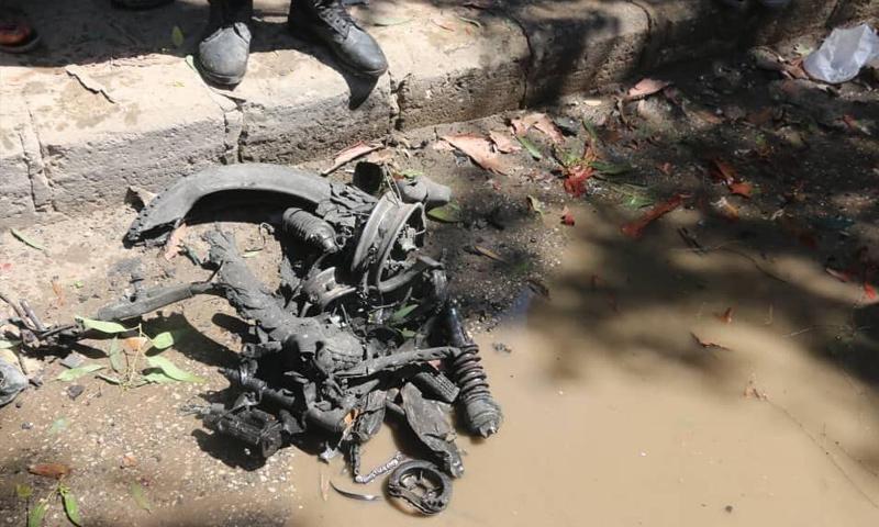 آثار انفجار الدراجة النارية المفخخة في سوق بمدينة اعزاز بريف حلب الشمالي - 3 من أيلول 2019 (الدفاع المدني)