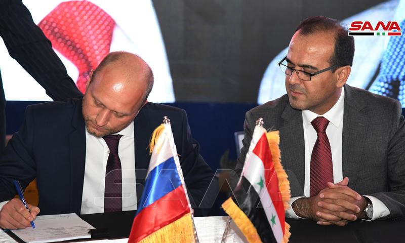 روسيا توقع ثلاث عقود نفط لاستخراج والتنقيب عن النفط في سوريا (سانا)