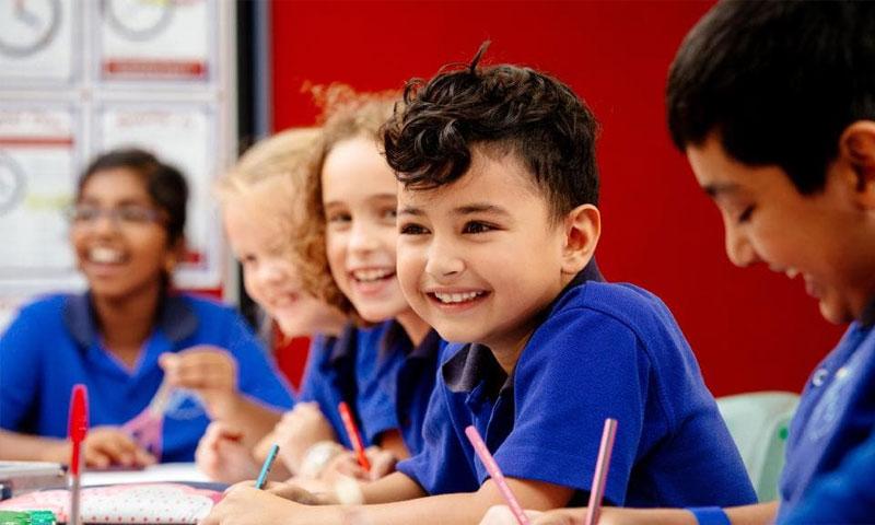 طلاب في المرحلة الابتدائية (تيليغراف)