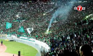 جماهير الرجاء البيضاوي في استاد مراكش المغرب (Le 7TV)