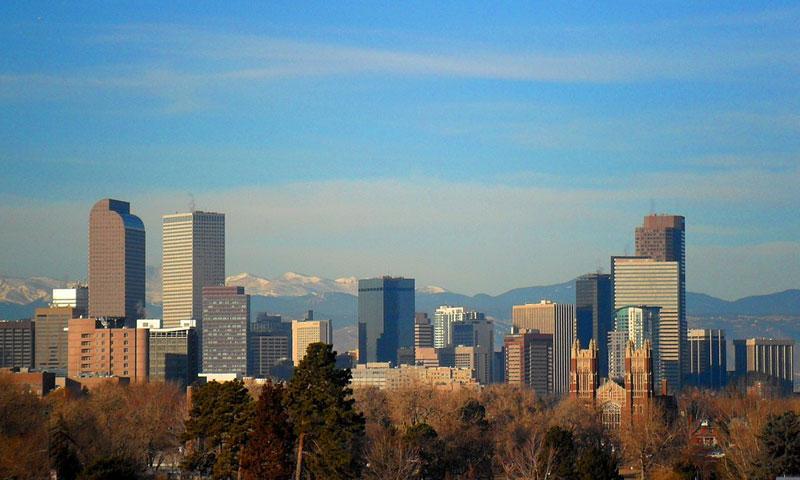 مدينة دنفر في الولايات المتحدة الأمريكية (ويكيبيديا)