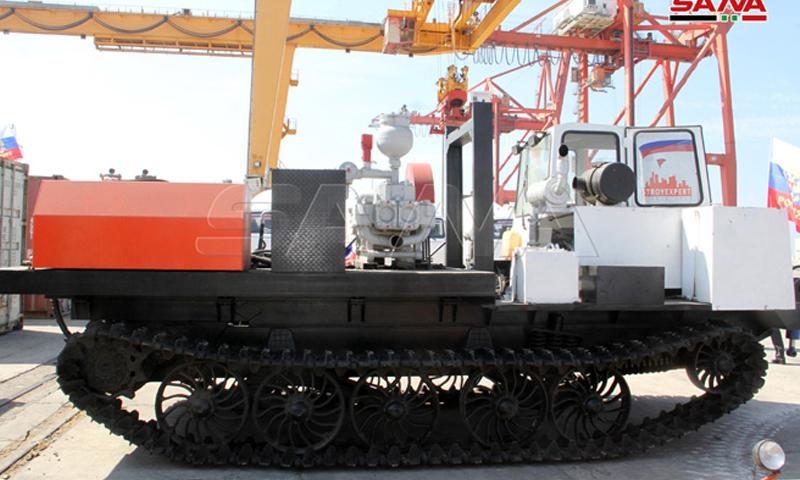 حكومة النظام تتسلم معدات هندسية روسية- 5 من تشرين الأول (سانا)