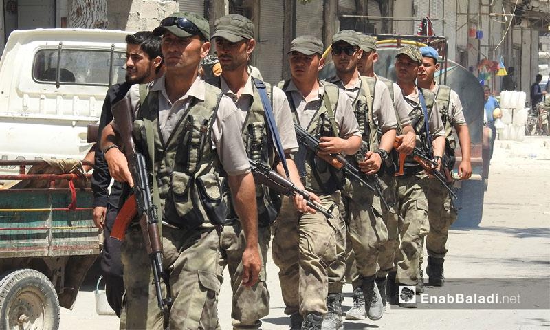 قوات الكوماندوز في جولة صباحية في مدينة الباب -2017- (خاص عنب بلدي)