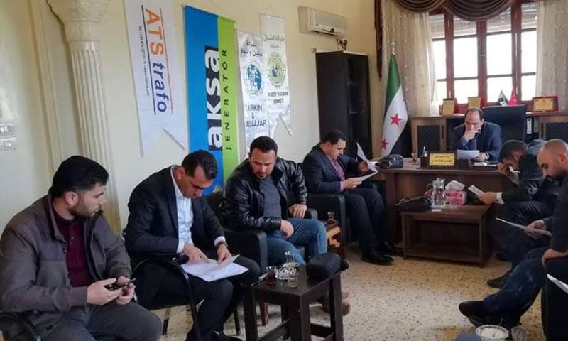 توقيع عقد إيصال الكهرباء إلى مارع بريف حلب الشمالي - 12 من نيسان 2019 (المجلس المحلي لمارع)