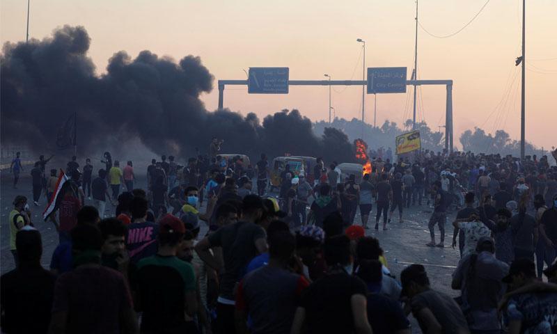 مظاهرات العراق -تشرين الأول 2019 (رويترز)