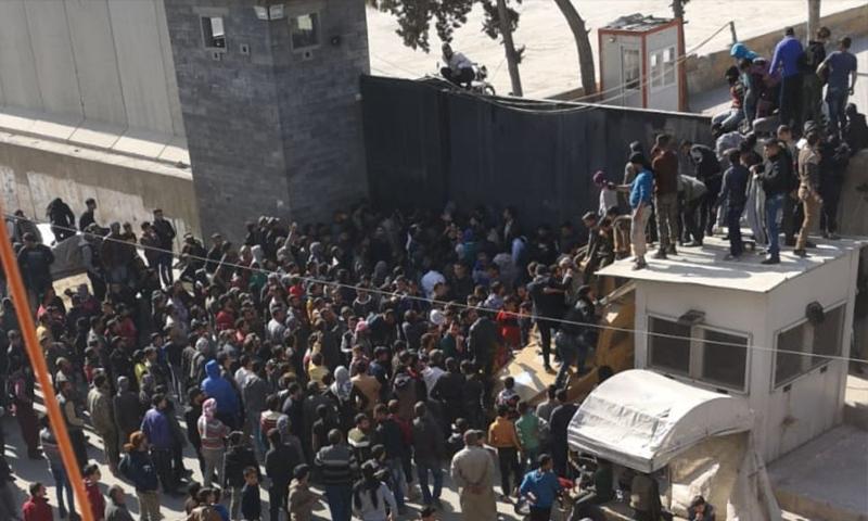 مظاهرة في مدينة الباب بعد تفجير قتل 15 مدنيًا (عنب بلدي)