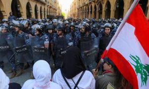 انتشار قوات الأمن اللبناني في الطرق المؤدية إلى النواب (رويترز)