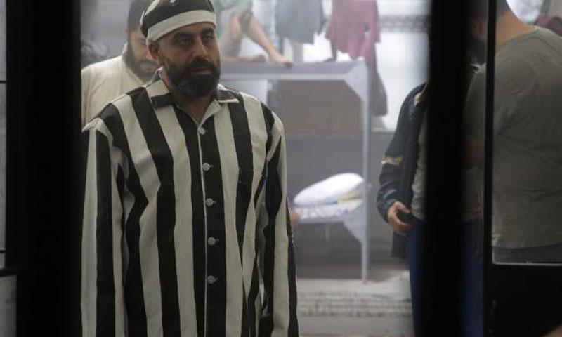 هشام حداد في لقطة من فيلم لهون وحبس 2019 (موقع الفن)