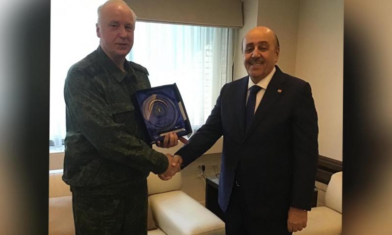 رئيس لجنة التحقيقات الروسية ألكسندر باستريكن ورئيس مكتب الأمن القومي علي مملوك- 29 من تشرين الثاني 2019 (لجنة التحقيقات الروسية)