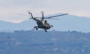 طائرة مروحية روسية في دورية على الأراضي السورية (تاس)