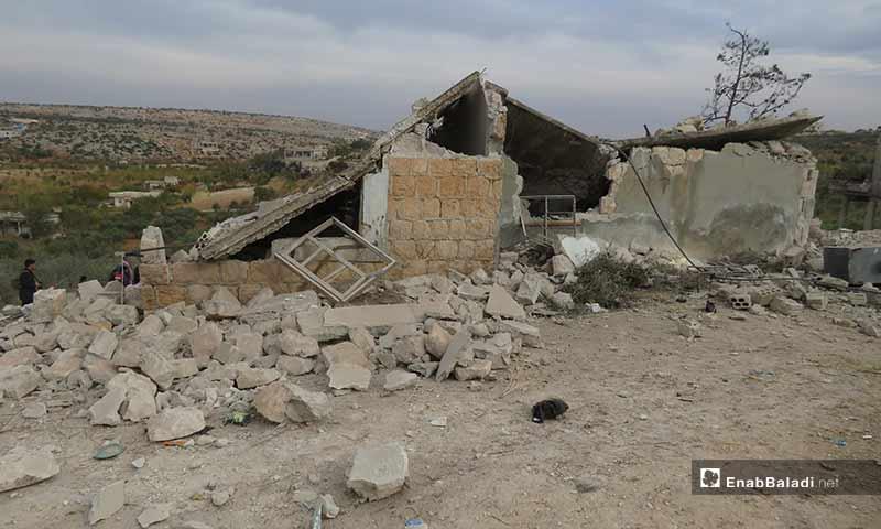 آثار القصف الروسي على قرية مرعيان في جبل الزاوية جنوب إدلب - 22 تشرين الثاني 2019 (عنب بلدي)