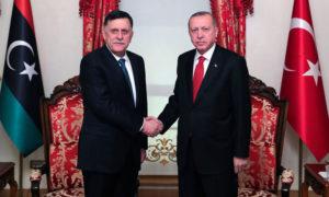 الرئيس التركي رجب طيب أردوغان ورئيس الوزراء الليبي فايز السراج - 27 تشرين الأول 2019 (حساب الرئاسة التركية)