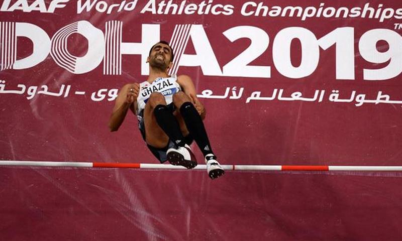 اللاعب السوري مجد الدين غزال في بطولة العالم لألعاب القوى في قطر (AFP)