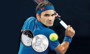 لاعب التنس روجير فيديرر وهو يضرب العملة التي صممت من أجله ، 2 كانون الأول (swissmint)