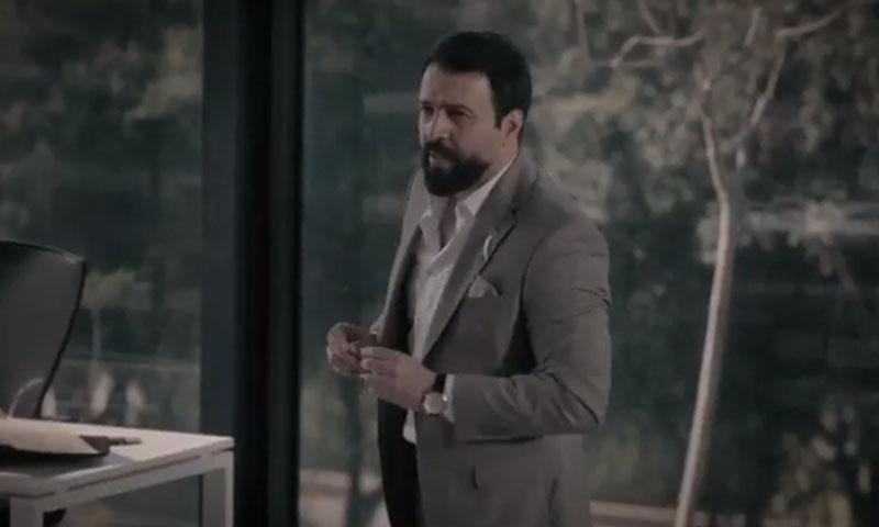 تيم حسن في لقطة من مسلسل العميد (برومو العمل على يوتيوب)