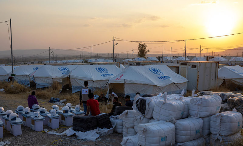 مساعدات الأمم المتحدة لنازحين سوريين نتيجة قصف النظام شمالي سوريا -29 آب 2019- (الأمم المتحدة)