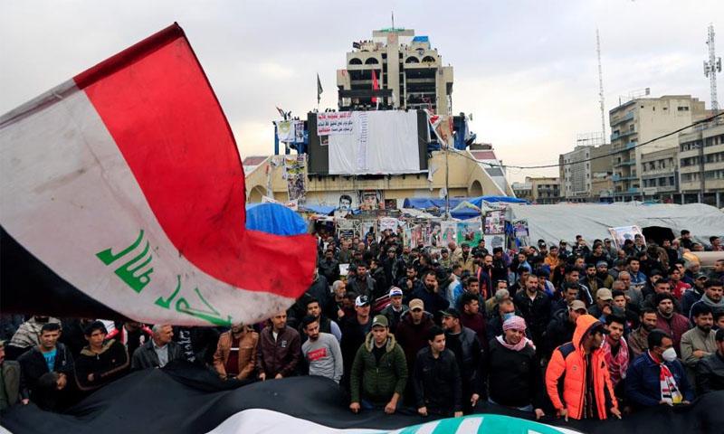 الرئيس العراقي، برهم صالح، خلال مؤتمر صحفي في باريس -25 شباط 2019 (رويترز)