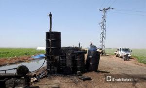 تكرير النفط يدويًا في ريف حلب الشمالي -10 أيار 2017- (عنب بلدي)