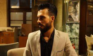 المغني الشعبي محمد الشيخ في نادٍ في أنطاكيا - كانون الأول 2019 (Washington Post)