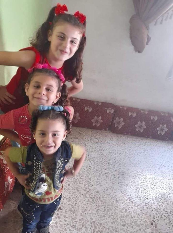 تسنيم، حنين، رنيم، بنات أحد متطوعي الدفاع المدني في بلدة بداما بإدلب (الدفاع المدني مركز بداما)