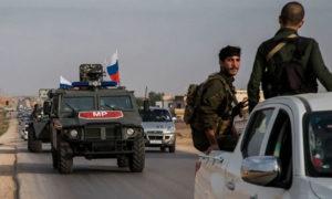 دورية للقوات الروسية بالقرب من مدينة القامشلي في شمال سوريا ، 24 تشرين الأول 2019، (ِAP)